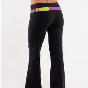 Lululemon Groove Pant Black and Winter Quilt